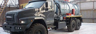 Вакуумная нефтепромысловая машина